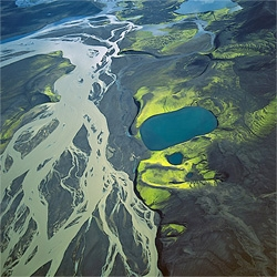 Beautiful aerial photos from Bernhard Edmaier.