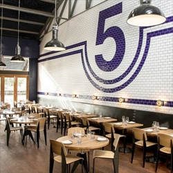 Gorgeous design in the SHED 5 restaurant in Melbourne from Loopcreative.