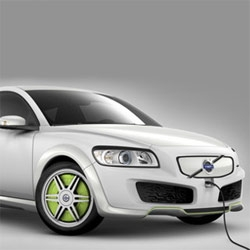 Volvo's new eco-friendly hybrid concept ReCharge, absolutely beautiful.