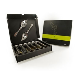 Absinthexplore kits offer vials of absinthe and an absinthe spoon for discovering the spirit.