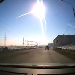 Incredible footage of the meteor that came crashing in Russia's Ural mountains this morning.