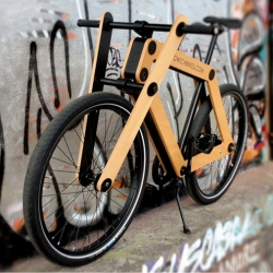 Sandwichbikes, flat packed custom bicycles that you assemble yourself. Designed by Basten Leijh.