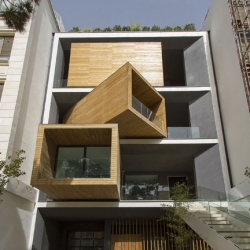 Interesting Sharifi-Ha house in Tehran by nextoffice with semi-mobile rooms to create extra space and light.