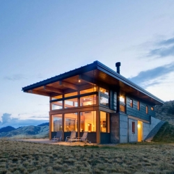 Nahahum designed by Balance Associates Architects, is a two-story home north of Cashmere, Washington.