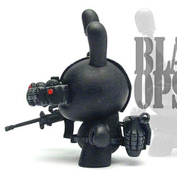 Toysrevil's Custom Black Ops Dunny is pretty cute