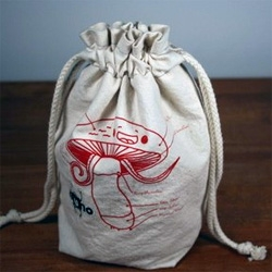 Super Deluxe Mushroom Storage Bag from Bruno Super Deluxe - functionality, sustainability and way cool design.