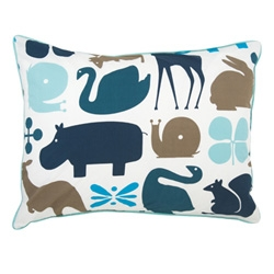 Dwell studio's bedding line for kids has grabbed me with their adorable animal motif!
