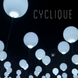 Bruno Ribeiro AKA NOhista and Collectif Coin artistic director Maxime Houot's beautiful installation of illuminated balloons, Cyclique.