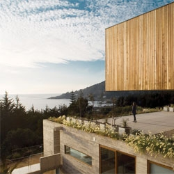 Casa El Pangue, a hillside home in Chile by architects Elton + Léniz.