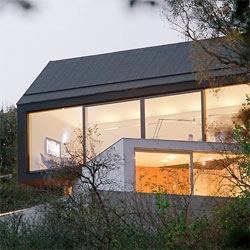 Fabi Architekten's Black on White House in Wenzenbach, Germany.