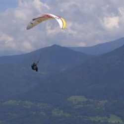 Sounds of Paragliding by director Shams and sound engineer Thibaut Darscotte.