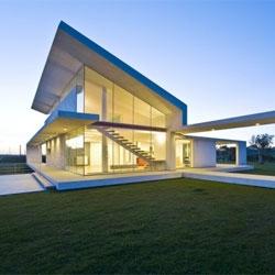 Villa T in Ragusa, Sicily by Architrend Architecture.