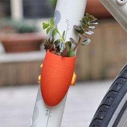 Colleeen Jordan's beautiful bike planters.