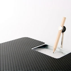 The Weight Recorder by Weiche Wu, a scale that draws your weight.