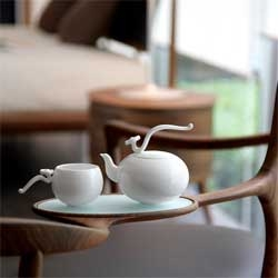 Heinrich Wang's new Flying High and Free Tea Set porcelain collection for NewChi.