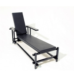 The Rietveld chair remixed from The Dza.