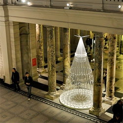 Studio Roso's Christmas Tree for the V&A.