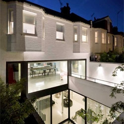 Mews 02 residence in London with a beautiful contemporary extension from Andy Martin Architects.