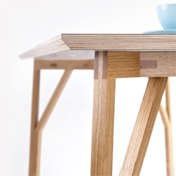 The DT1-Table by AS3D (Alexander Smith 3D Design).
