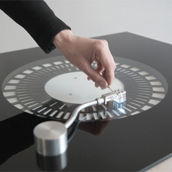 Soundmachines by The Product look like standard record players, but instead translate concentric visual patterns into control signals for further processing in any music software.