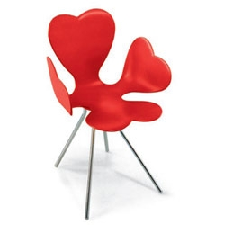 Edra's Fortuna chair by Leonardo Volpi ~ the perfect four leaf clover to curl up in.