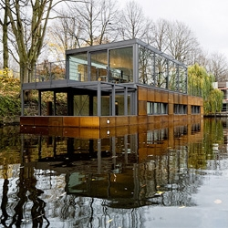 'Houseboat on the Eilbek Canal' by Sprenger von der Lippe in Hamburg, Germany.