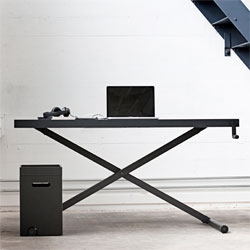 Kibisi's height-adjustable Xtable.