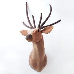 Jessica Dance creates these beautifully knitted taxidermy heads, The Knit Heads.