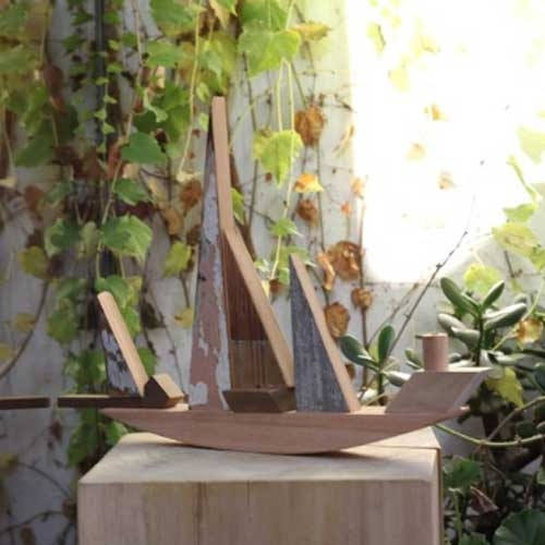 Handmade wooden toys created from industrial off-cuts by Sarmiento.