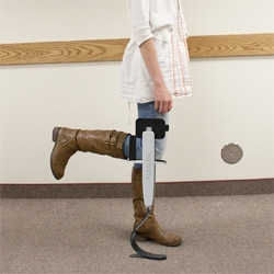 Flex Leg helps you walk around with an injured leg