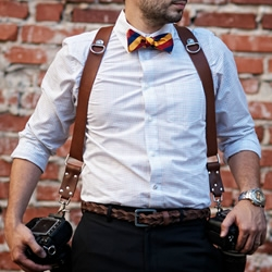 The MoneyMaker by HoldFast is a very handy and stylish Multi-Camera harness enabling the user to carry two or three cameras.
