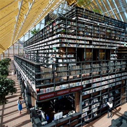 Book Mountain, incredible library in Spijkenisse, the Netherlands designed by MVRDV. The library is encased in a pyramid of glass.