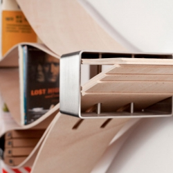 A flexible shelf, Chuck, created by Natascha Harra-Frischkorn can be adjusted in order to accommodate your belongings.