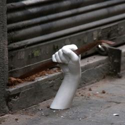 HANDS, a street art project placing mischievous plaster hands throughout Barcelona. Project developed by Octavi Serra, Mateu Targa, Daniel Llugany and Pau Garcia.
