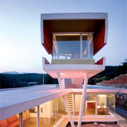 The S Mahal house in Yangpyeong-gun, South Korea by Moon Hoon.