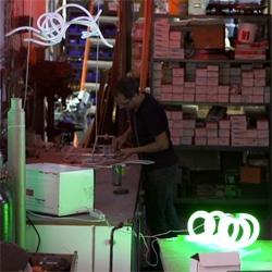 Discover how David Ablon of Brooklyn Glass bends neon lights.