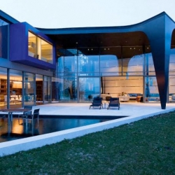 The SOW house from SAOTA, a beautiful contemporary residence and office / guest annex on Lake Geneva.