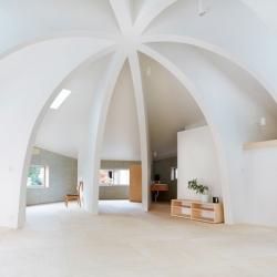 House I from Hiroyuki Shinozaki with beautiful ribbed interiors.