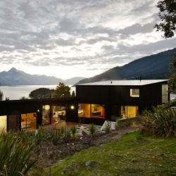 Dublin Street House in Queenstown, New Zealand by Kerr Ritchie.