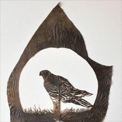 Lorenzo Durán's leaf cut art.