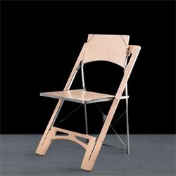 The tilt chair, a flat-folding chair from Folditure.