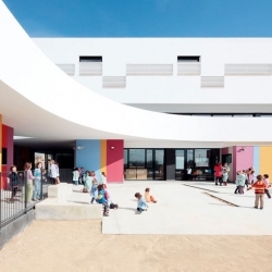 The Binissalem School Complex designed by RipollTizon architects.