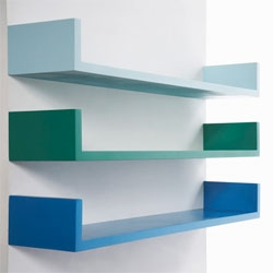 Beautifully simple shelves by Tatjana Reimann for Kolor.
