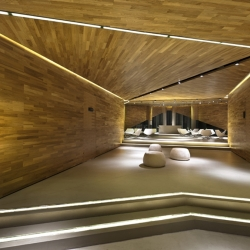 Chinese based architecture firm Ministry of Design has just put the final touches on an angular 750 square meter art gallery in Dong Jiang Bay.