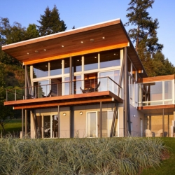 Another great design by Vandeventer & Carlender Architects. The Vashon Island Cabin is a remodeling project  for a one story cabin with a daylight basement.