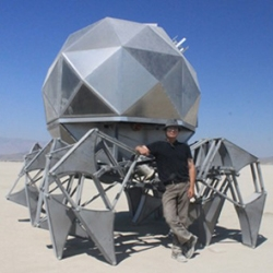 Assisted by a roof-mounted solar panel and wind turbine, the Robotic Geodesic dome by commercial welder Scott Parenteau was presented at last month's Maker Faire in San Francisco.