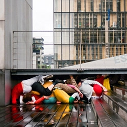 Austrian artist Willi Dorner squeezes human bodies into nooks and crannies for his Bodies in Urban Spaces project.