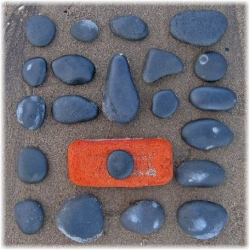"""The World Beach Project"" is a global art project devised by Sue Lawty in association with the Victoria and Albert Museum. Open to everyone, everywhere, check some nice artwork made just with stones at the beach."