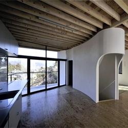 MTH residence by aat+Makoto Yokomizo Architects
