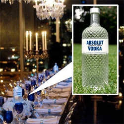 Absolut Glimmer, an up close look at the launch party with Cee-Lo in NYC and the beautiful glass bottle